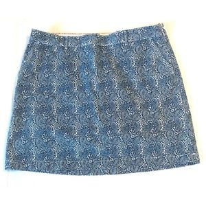 Women DOCKERS Skort Skirt Blue and  White Paisley